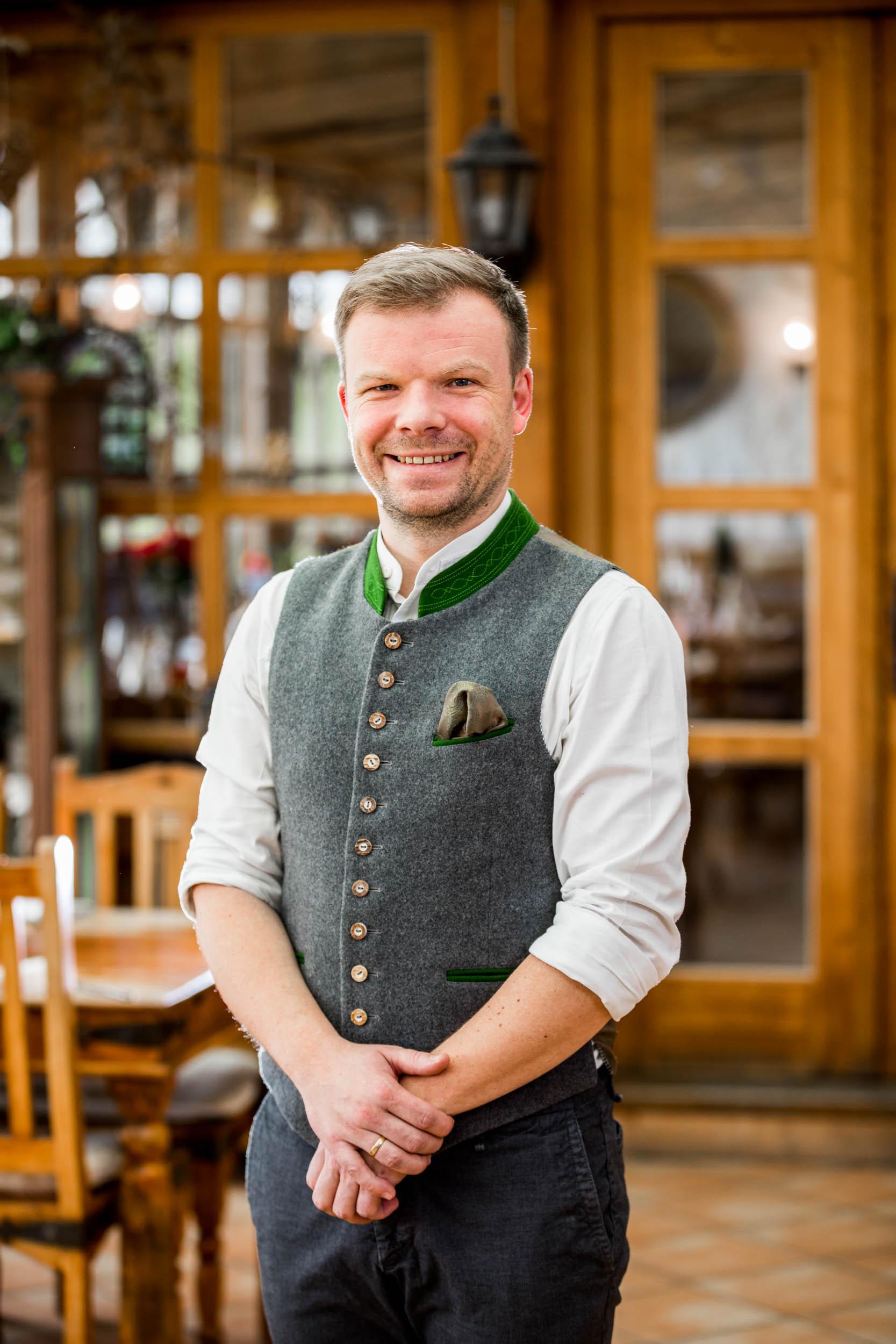 Wenn es um Kalbsbries geht, kommt Chefkoch und Inhaber der Kugler Alm Ebersberg Korbinian Kugler ins Schwärmen