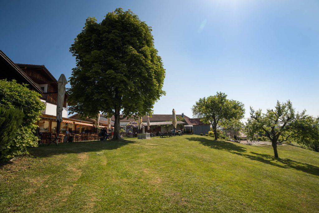 Das wunderschön gelegene Landgut Kugler Alm in Ebersberg ist der ideale Ausgangspunkt bzw. ein lohnendes Ziel für Ausflüge