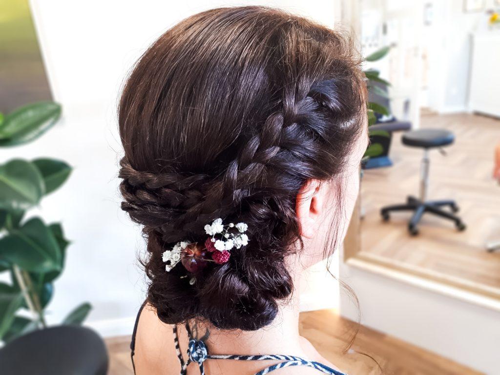 Der Weg Zu Perfekten Brautfrisuren Im Friseursalon Barbara Kugler