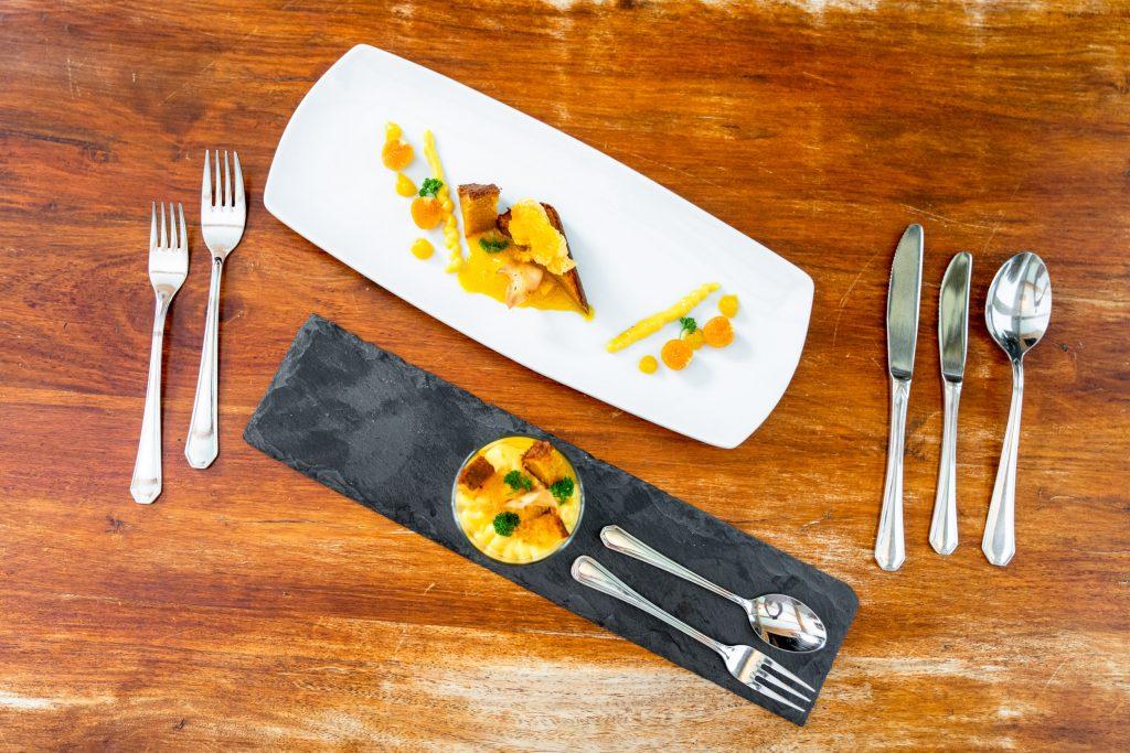 Als Dessert das Rübli Soufflé und das Karotten Sorbet aus der Urkarotte mit erfrischender Zitronencreme